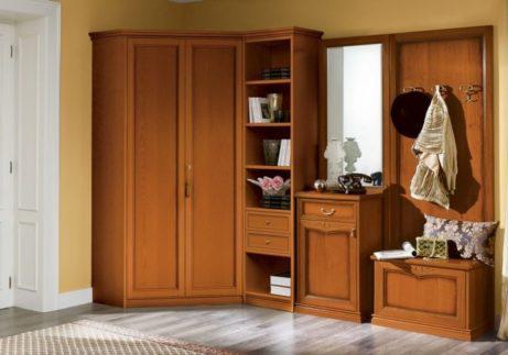 Γωνιακή σύνθεση εισόδου με ντουλάπα