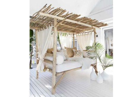 daybed με μαξιλάρια με σκεπή από ξύλο δέντρου μπαμπού