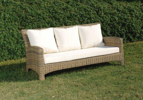 καναπές ραττάν με μαξιλάρια τριών θέσεων
