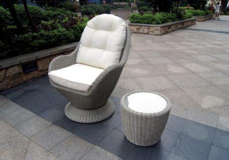 καθιστικό σετ ραττάν με περιστρεφόμενη πολυθρόνα