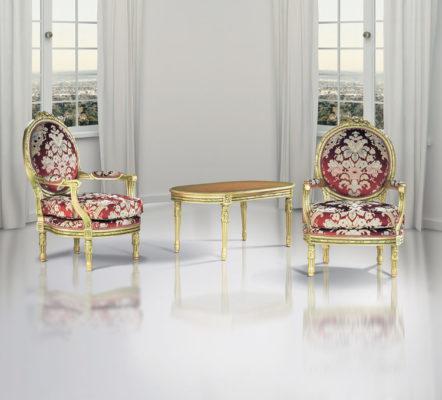 μπαρόκ πολυθρόνες με χρυσό και κόκκινο, βικτωριανές πολυθρόνες, βικτωριανό τραπέζι