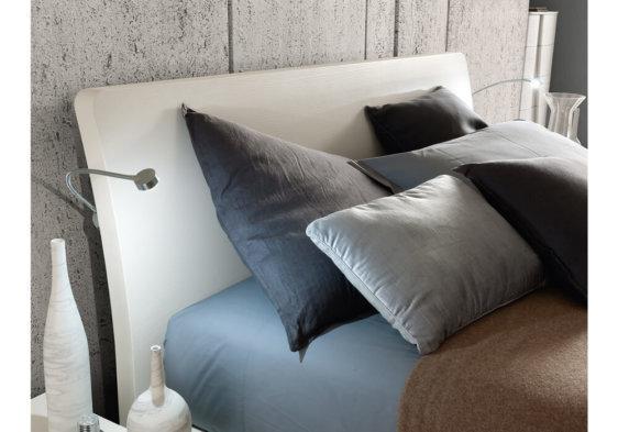 Ιταλικό κρεβάτι με φωτισμό