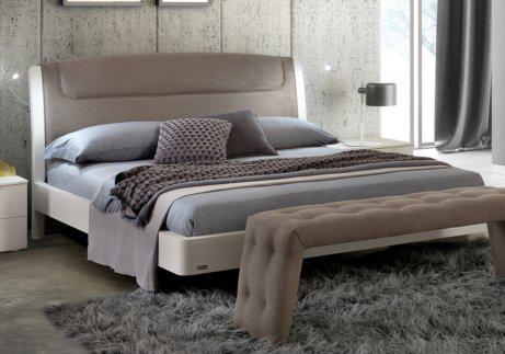 μοντέρνο κρεβάτι με φωτισμό led