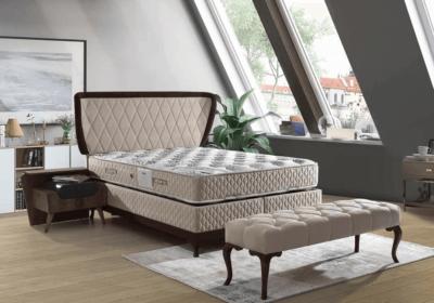 Βάση κρεβατιού με κουρμπαριστό κεφαλάρι