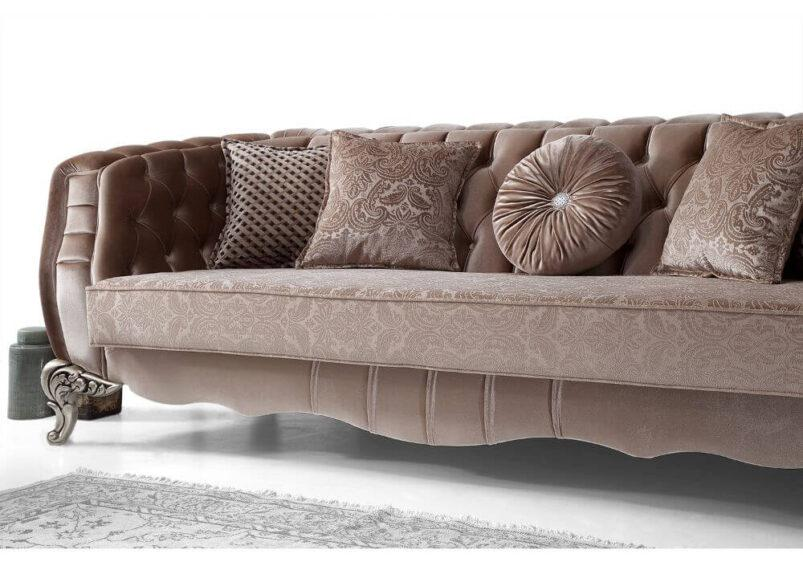luxury κομψό νέο μπαρόκ σαλόνι με καπιτονέ βελούδο