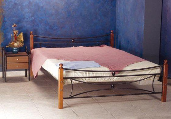 Κρεβάτι Μεταλλικό Γ-Μαργαρίτα με Ξύλινο Πόδι