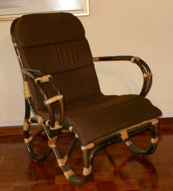 Πολυθρόνα Με Στρογγυλά Ποδαρικά Ε-220226
