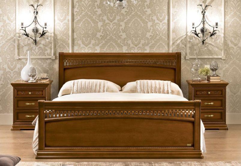 Ξύλινο Καρυδί Κρεβάτι Με Ψηλό Ποδαρικό CG-050463