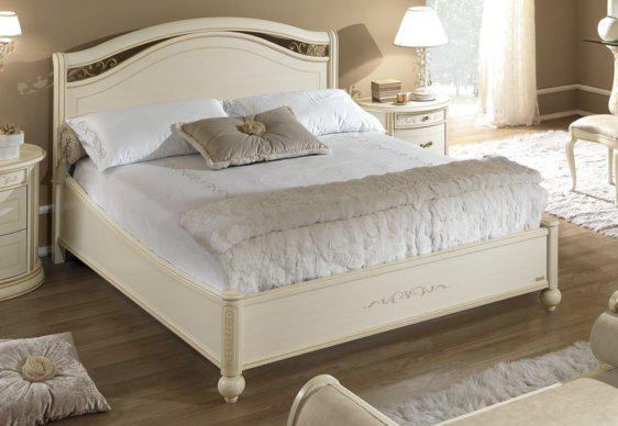 Λευκό Κλασικό Κρεβάτι Με Σκαλιστό πόδι CG-050486
