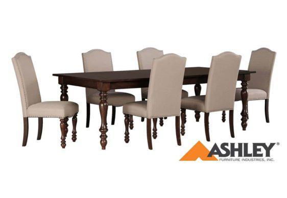 Αναπαυτική Κλασική Καρέκλα Ashley με Βελούδινη Ταπετσαρία G-135146