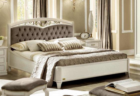 Υπέρδιπλο Κρεβάτι με Καπιτονέ Κεφαλάρι CG-0370155