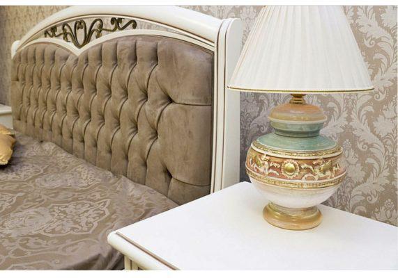 Κρεβάτι με Οικολογικό Δέρμα στο Κεφαλάρι και Ψηλό Ποδαρικό CG-0370156